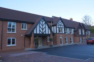 Burcot Grange, The Lodge opening 69 RGB Keith Woolford 28-11-17 WEB