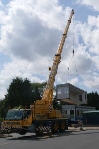 Lickey Hills Primary School building removal 3 WEB Keith Woolford 25-7-17