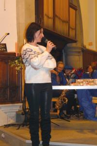Lickey Concert and tree lighting 26 singer WEB 3-12-17