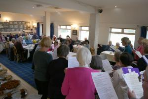 PC Helpers Meal Choir and singing 3 RGB WEB 13-2-18