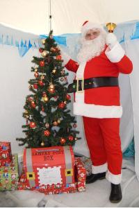 Santa at LHPS 1 RGB Simon Woolford WEB 3-12-17