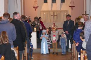 St Catherines Church Nativity 4 WEB Keith Woolford 24-12-17