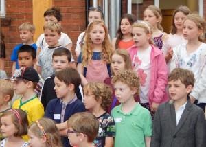 BFS Summer Fair choir 2 WEB K 16-7-16