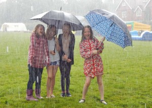 BF girls in the rain 2015