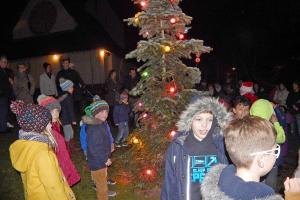 Blackwell Tree Lighting 22 WEB 1-12-17