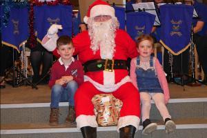 Santa PC Lickey Concert 10 WEB Simon Woolford P1190997 1-12-19