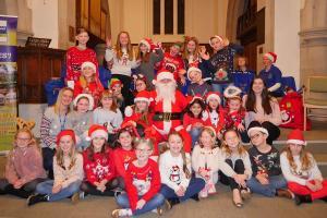 Santa PC Lickey Concert 14 WEB Simon Woolford P1200018 1-12-19