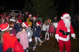 Santa PC Lickey Concert 32 WEB Simon Woolford P1200055 1-12-19
