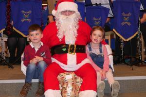 Santa PC Lickey Concert 9 WEB Simon Woolford P1190996 1-12-19