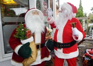 Santa spot the imposter 16-12-15