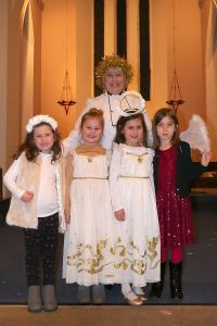 St Catherines Church Nativity 8 WEB Keith Woolford 24-12-17