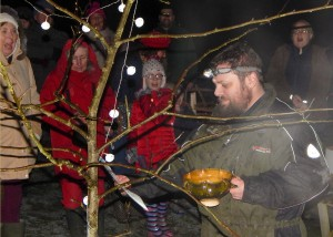 Wassail 2016, Steve Hinton toasting the trees 16-1-1